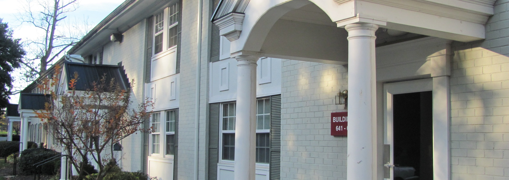 Welcome to Quarterpath Place Apartments in Williamsburg, VA!